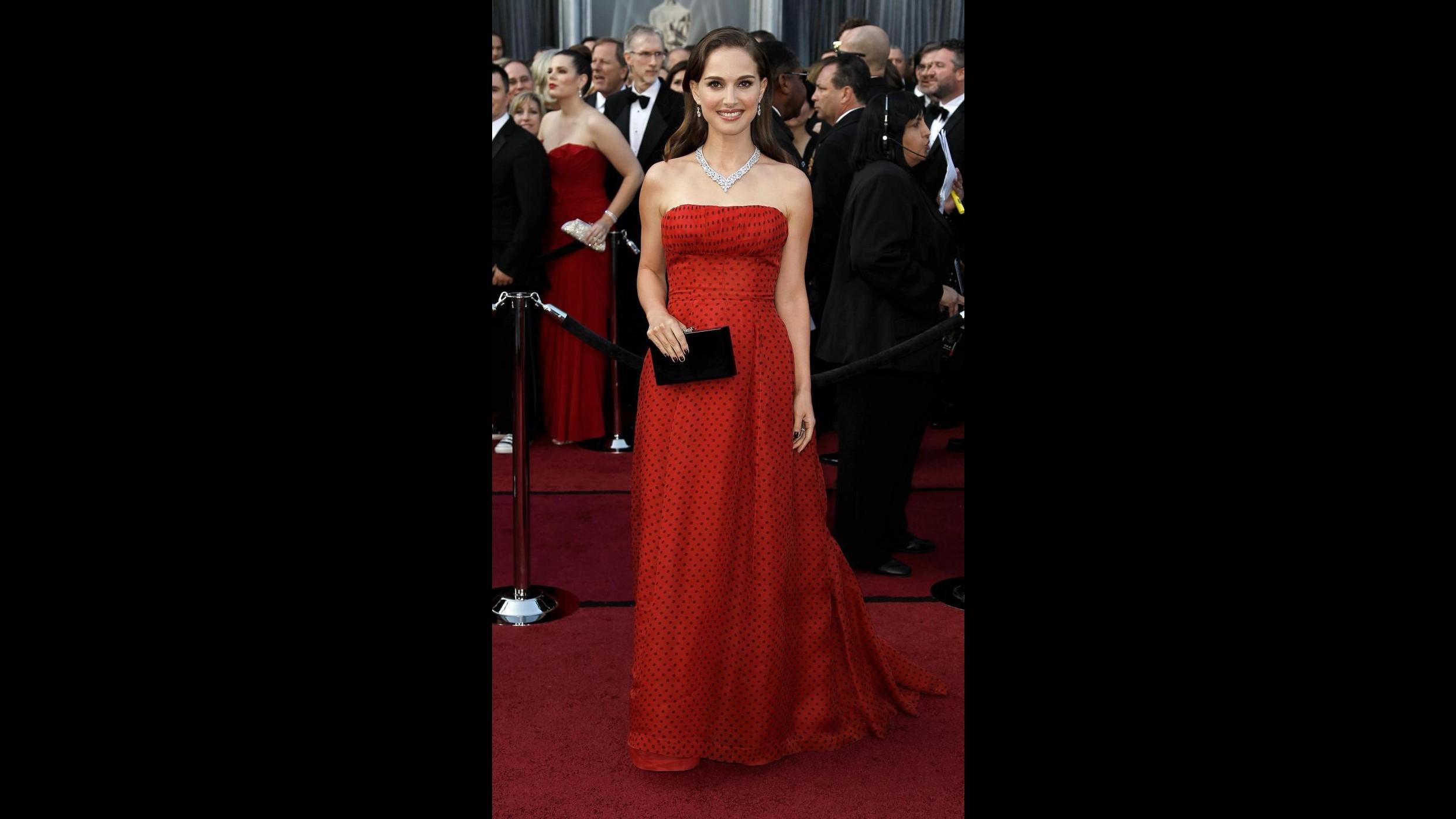 L'abito Dior di Natalie Portman agli Oscar venduto a 50mila dollari