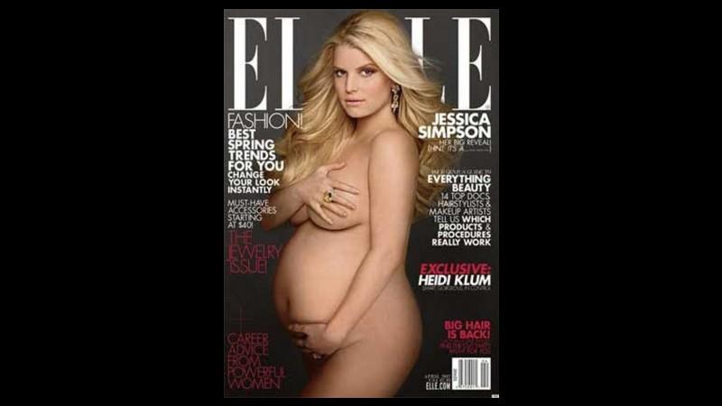 Jessica Simpson nuda incinta censurata in un negozio in Arizona