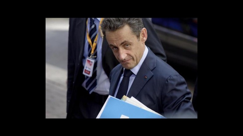 Francia, paura su rating: la Borsa affonda, Sarkozy verso misure
