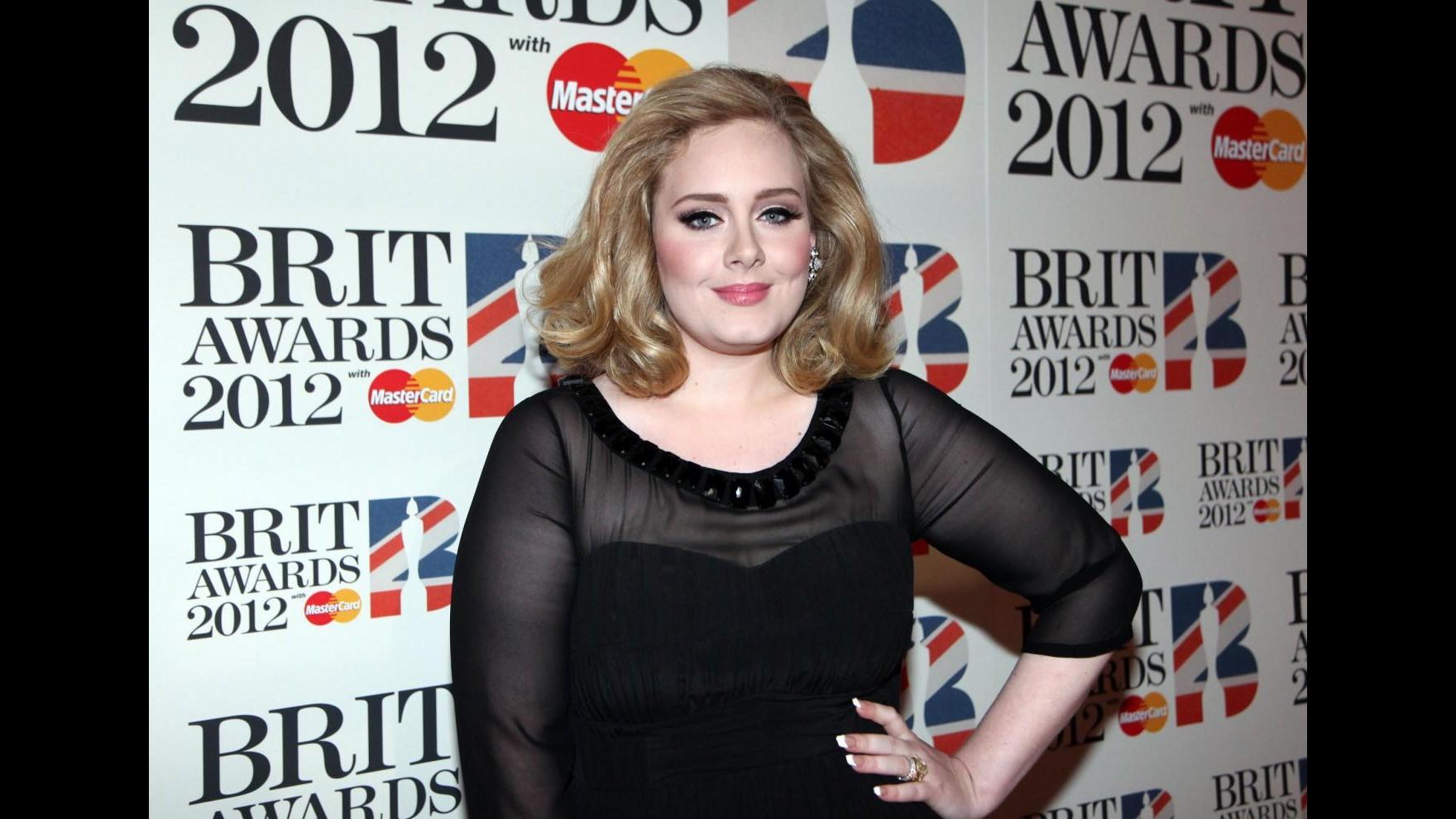 Adele supera i Pink Floyd nella classifica album più venduti di sempre