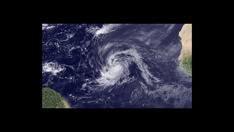 Uragano Katia declassato a tempesta su Atlantico, ma riprenderà forza
