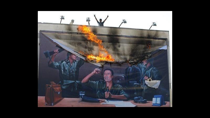 Libia, testimone: Io scampato a massacro 130 detenuti da forze raìs
