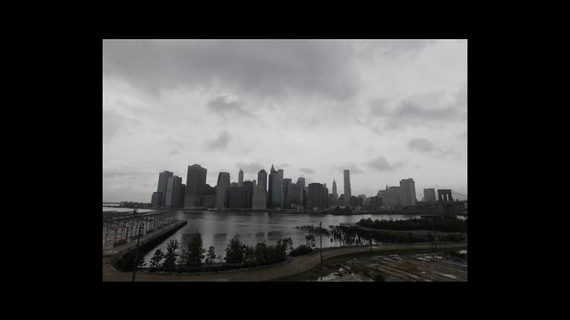 Irene raggiunge New York ma non è più un uragano