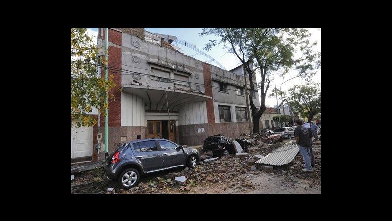 Argentina, tempesta con raffiche di vento a Buenos Aires: 11 morti