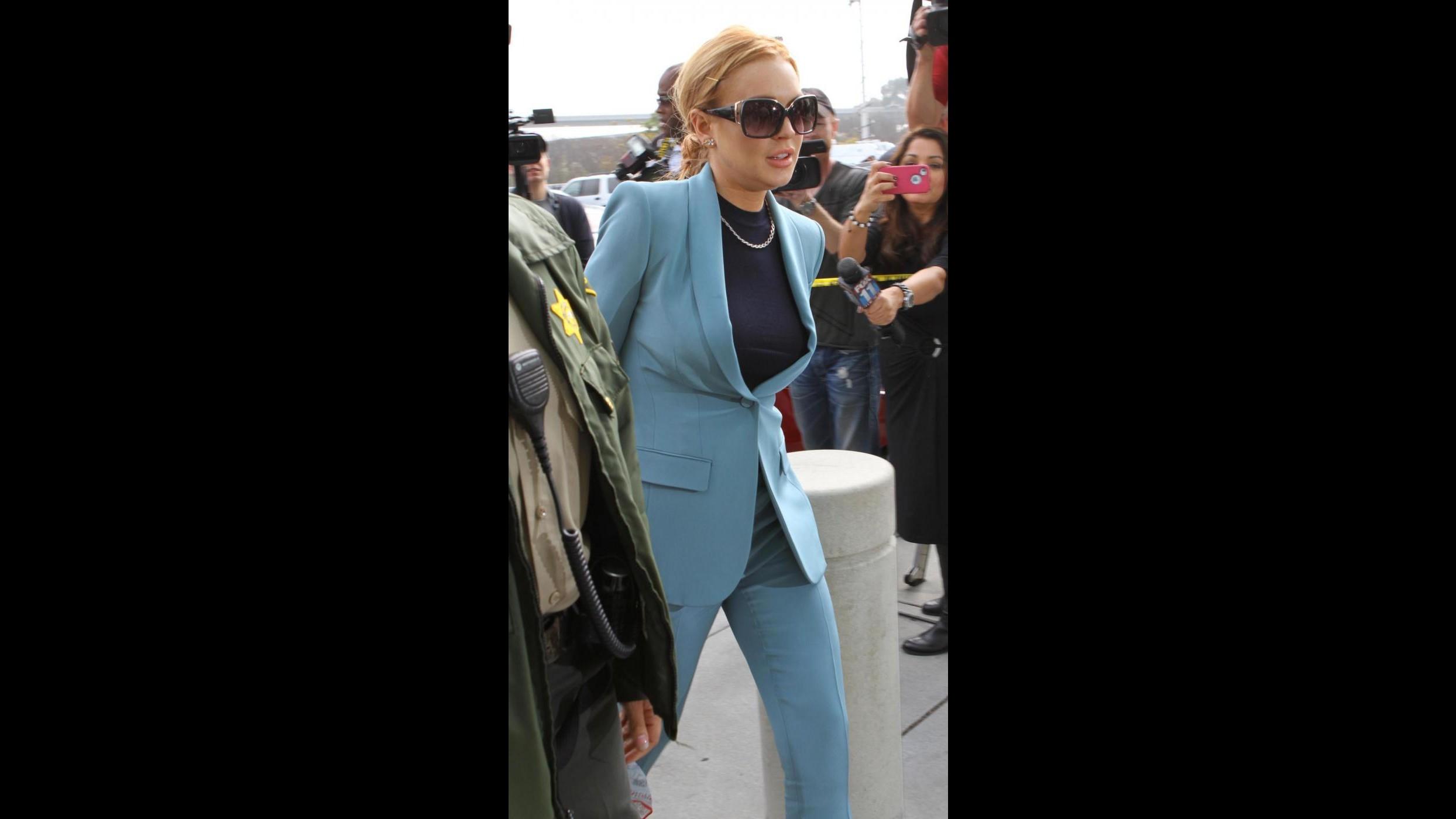 Lindsay Lohan risponde ad accuse di non saper fare ruolo di Liz Taylor