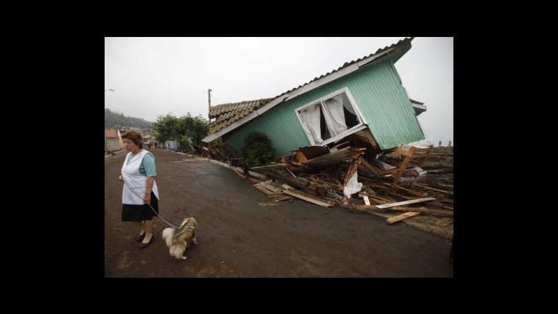 Cile, governo non avvertì di tsunami 2010: risarcirà familiari vittima
