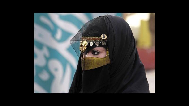Arabia Saudita, donna che sfidò il divieto di guidare sarà processata