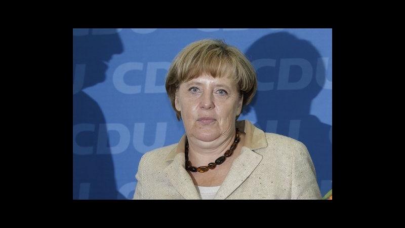 Merkel: se crolla l'euro crolla anche l'Europa