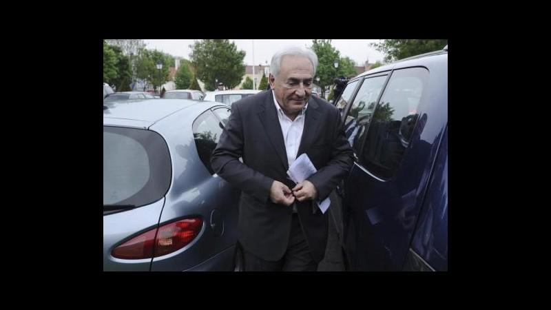 Procura Francia apre indagine contro Strauss-Kahn per stupro di gruppo
