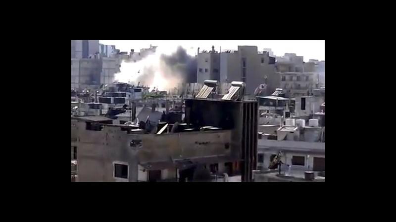 Siria, raid regime su roccaforti ribelli a Homs e Aleppo: un morto