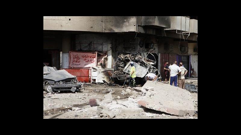 Iraq, raffica attacchi contro sciiti in tutto il Paese: 63 morti