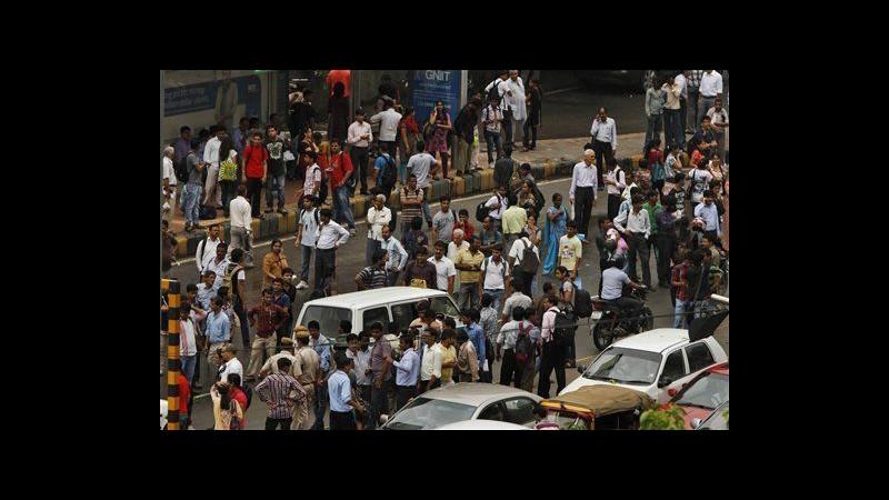 Blackout in India: 620 milioni al buio, centinaia minatori intrappolati