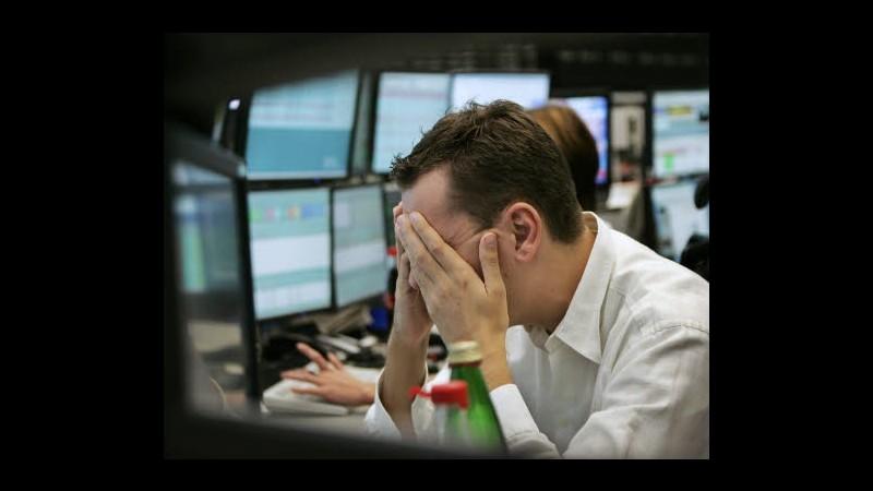 Borsa, Milano in picchiata (-3,6%), vendite a raffica su banche