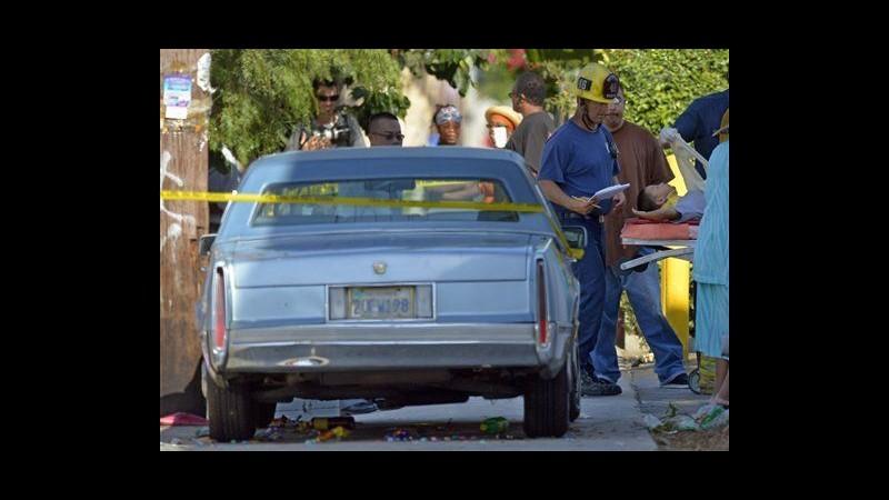 Usa, centenario si schianta davanti scuola a Los Angeles: 11 feriti