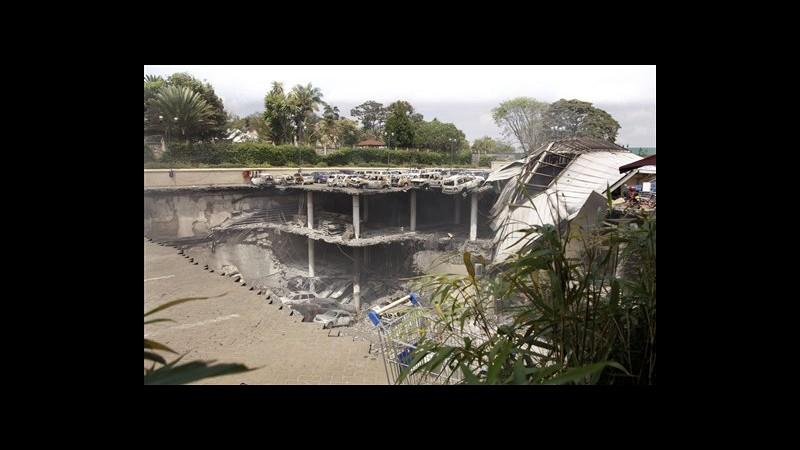 Kenya, fonte governo: Crollo Westgate causato da intervento soldati