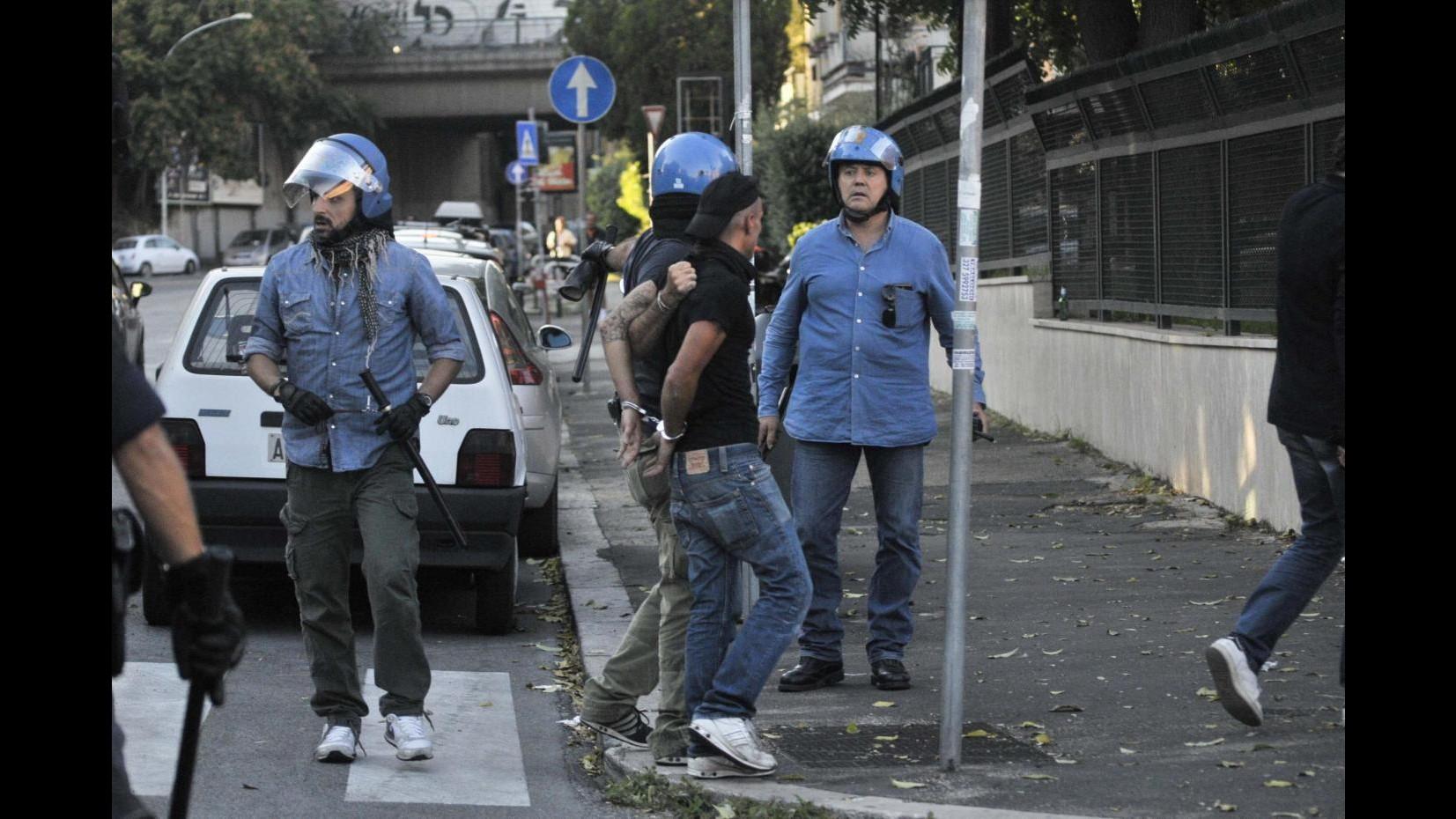 Derby Roma, tensioni fuori da Olimpico: fermati 11 tifosi della Lazio