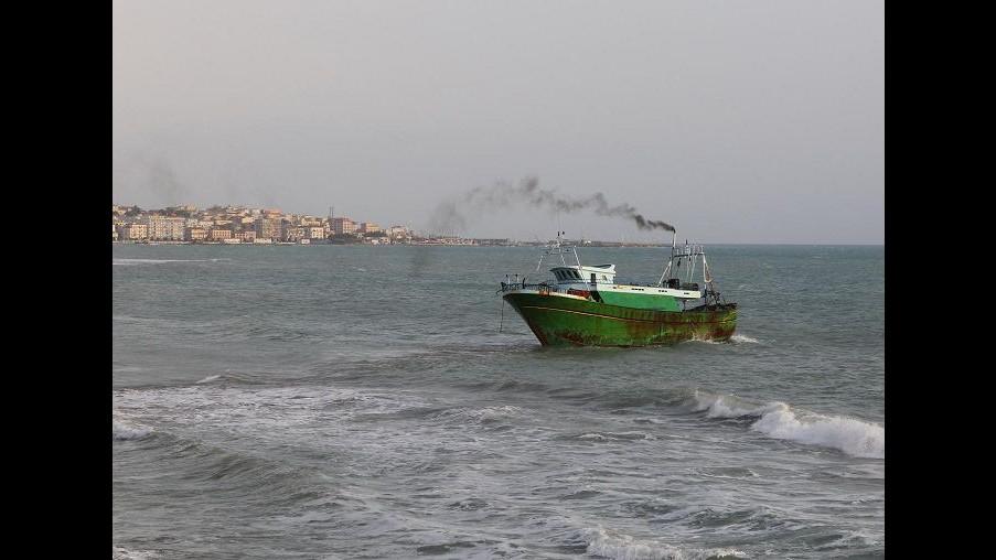 Peschereccio italiano dirottato da dogana tunisina: il 7° da inizio anno a Mazara del Vallo