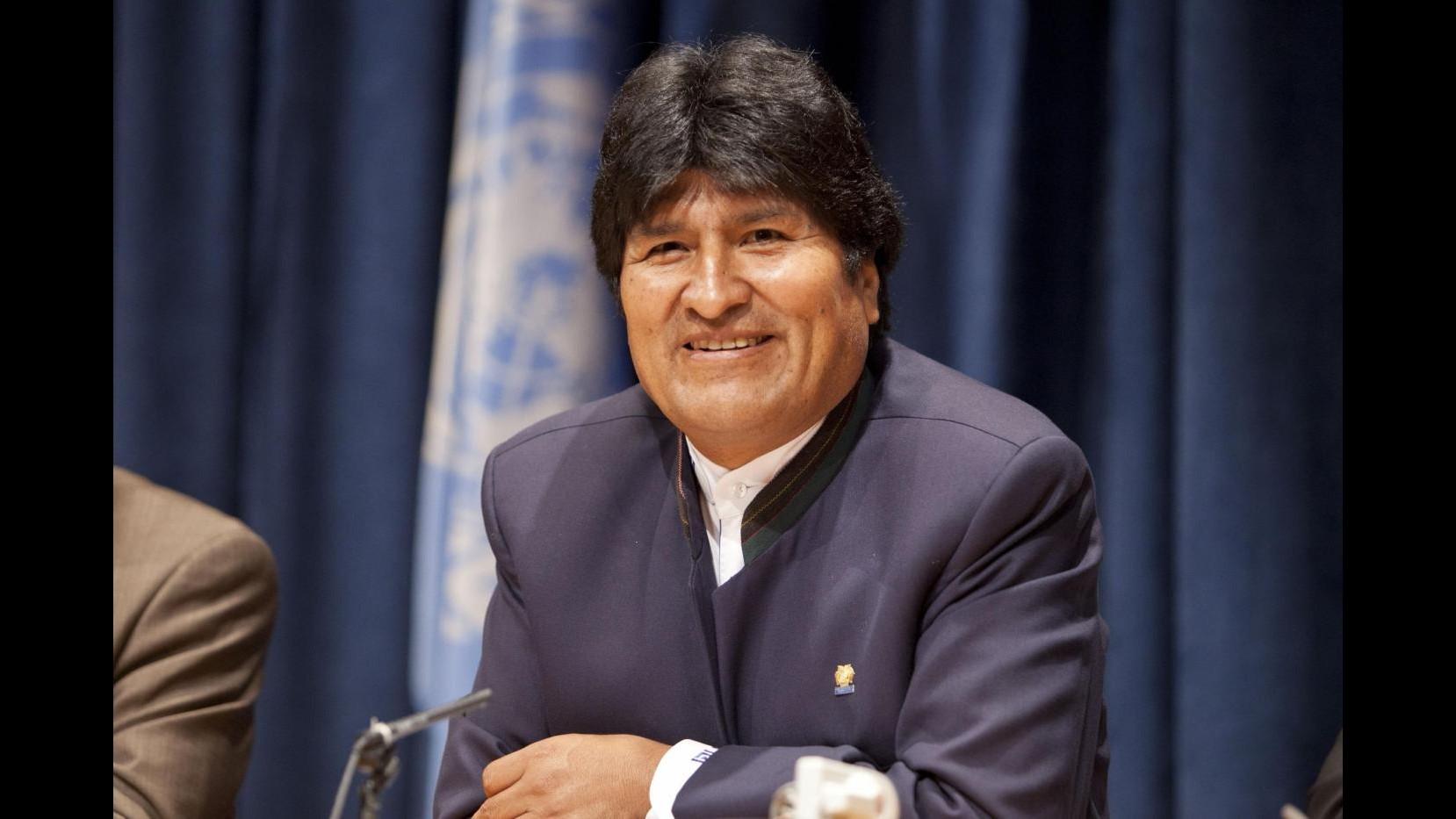 Usa vietano a Maduro sorvolo spazio aereo. Morales minaccia azione legale
