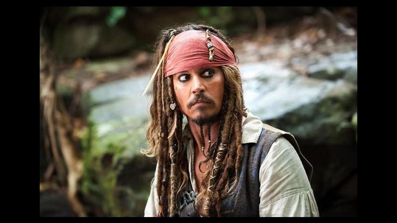 Per 76 milioni euro Johnny Depp sarà Jack Sparrow per la quinta volta