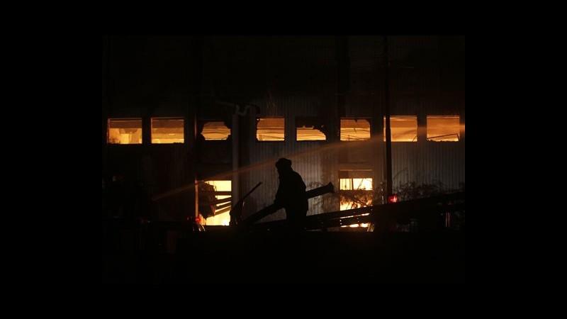 Pakistan, saliti a 271 morti in incendi fabbriche Karachi e Lahore