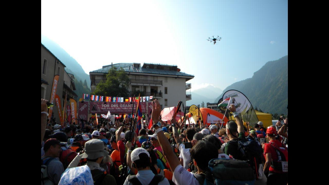Val d'Aosta, al via ultra maratona Tor des Geants: ritirati i favoriti