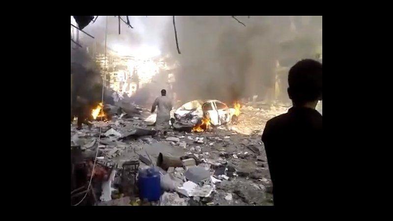 Siria, autobomba esplode in provincia Idlib: almeno 27 morti