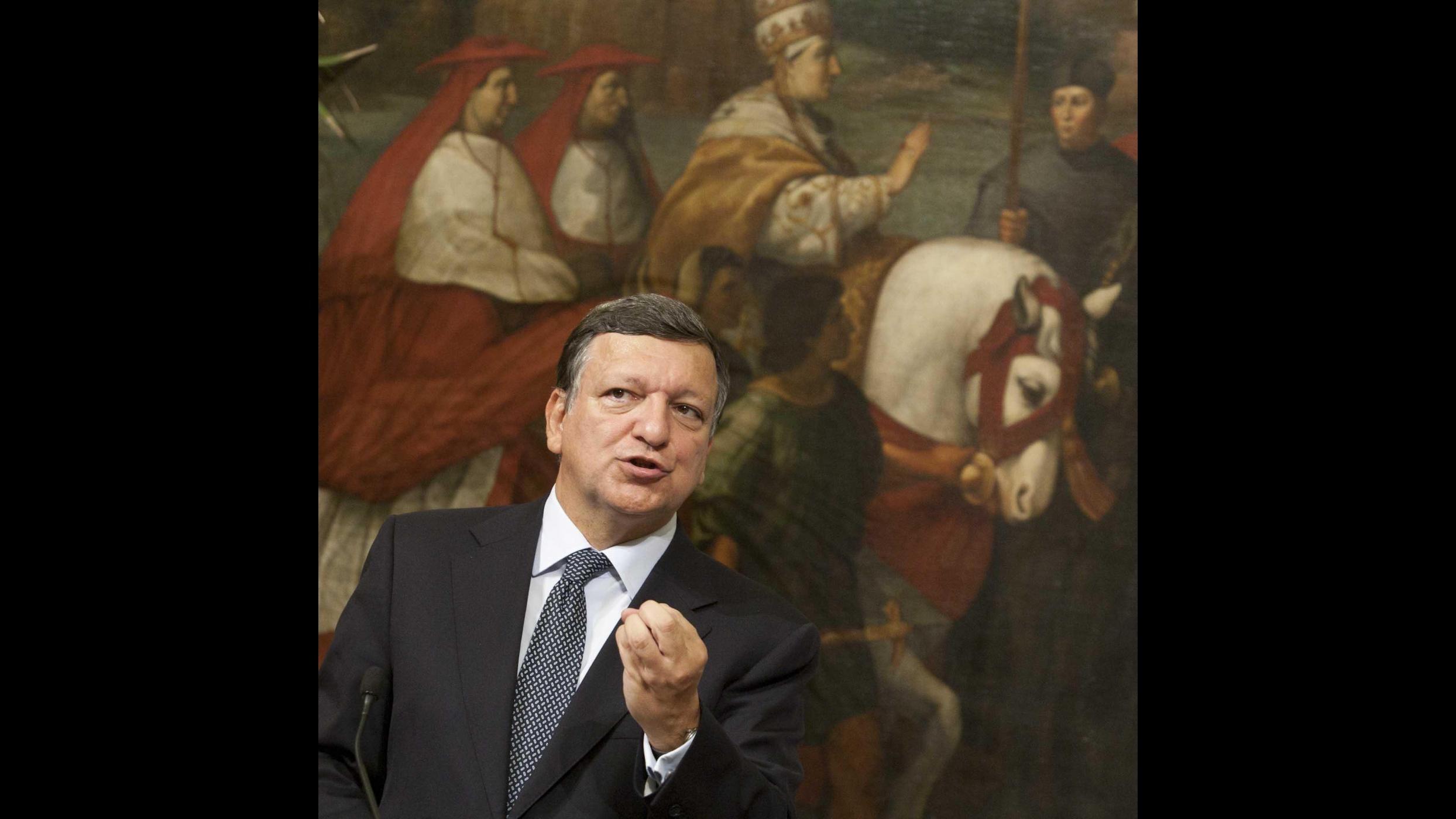 Barroso: Serve supervisore comune per la zona euro, presto l'annuncio