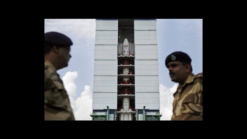 India lancia domani la sua prima capsula verso Marte