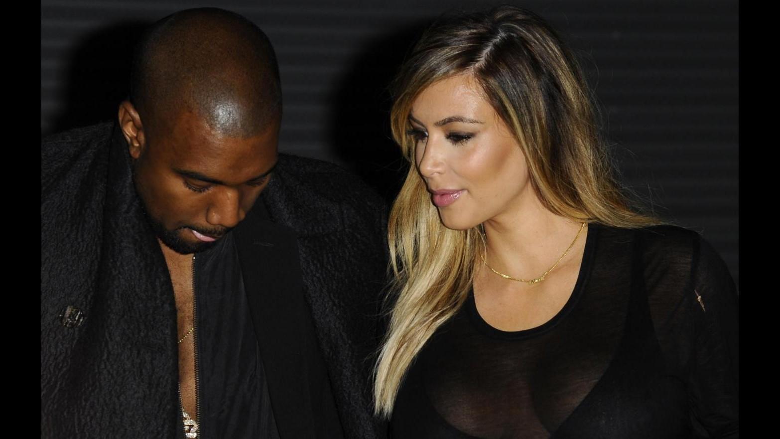 Kanye West e Kim Kardashian si sposeranno la prossima estate