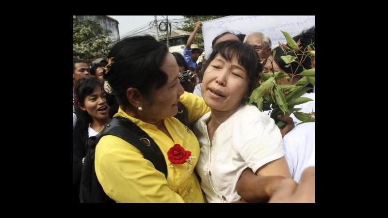 Birmania, rilasciati 87 prigionieri politici, ancora 350 in carcere