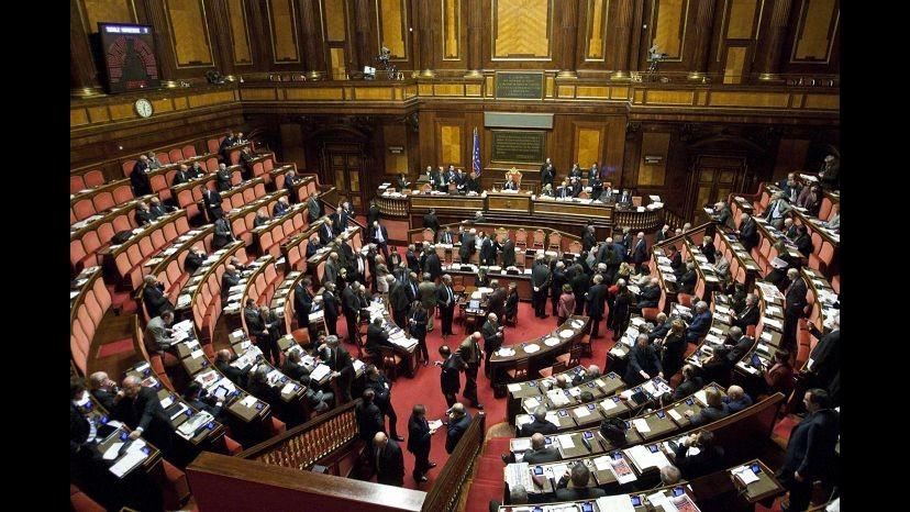 Riforme, Senato approva comitato dei 42 per quattro voti