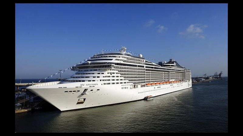 Meningite su nave Msc Orchestra, 4 contagiati: uno rischia la vita