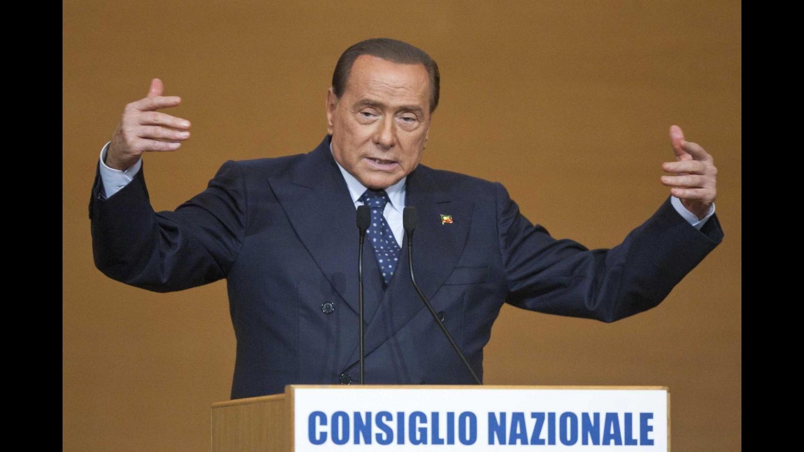Berlusconi: Spaccatura partito dovuta a distanze personali