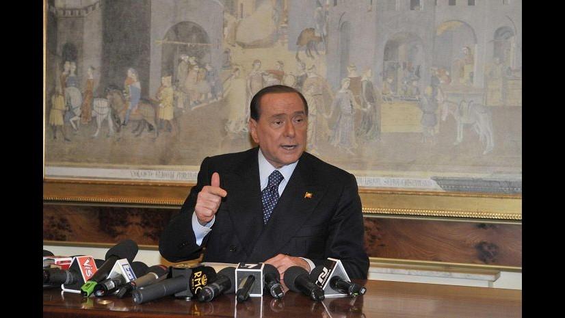 Berlusconi richiama a unità partito: Chi non ci crede se ne vada
