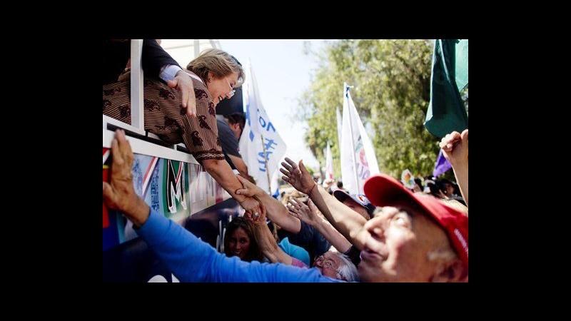 Cile, chiusa campagna elettorale: domenica sfida Bachelet-Matthei