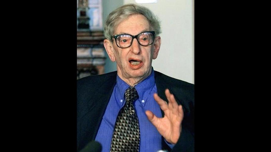 È morto a 95 anni Eric Hobsbawm, lo storico marxista del 'Secolo breve'
