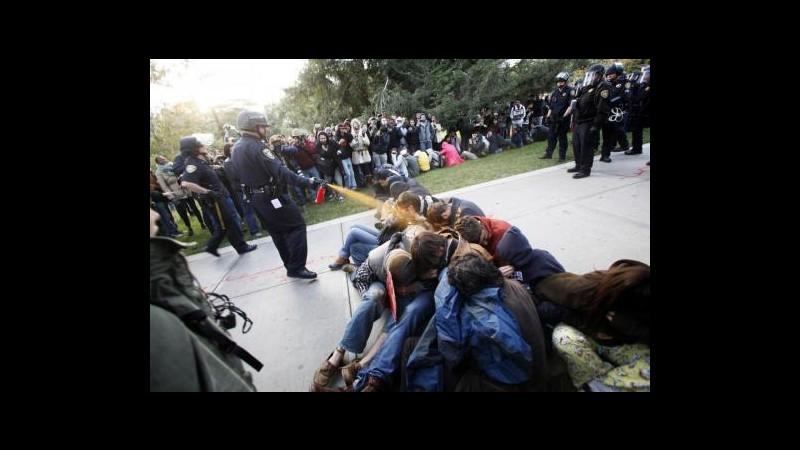 Occupy Wall Street, risarciti studenti colpiti con spray peperoncino