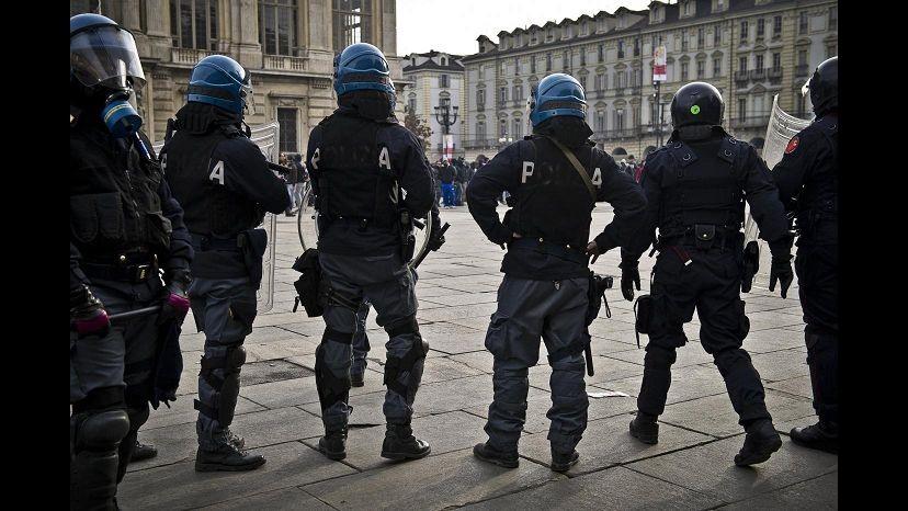 Forconi, ancora caos a Torino: negozianti minacciati con spranghe