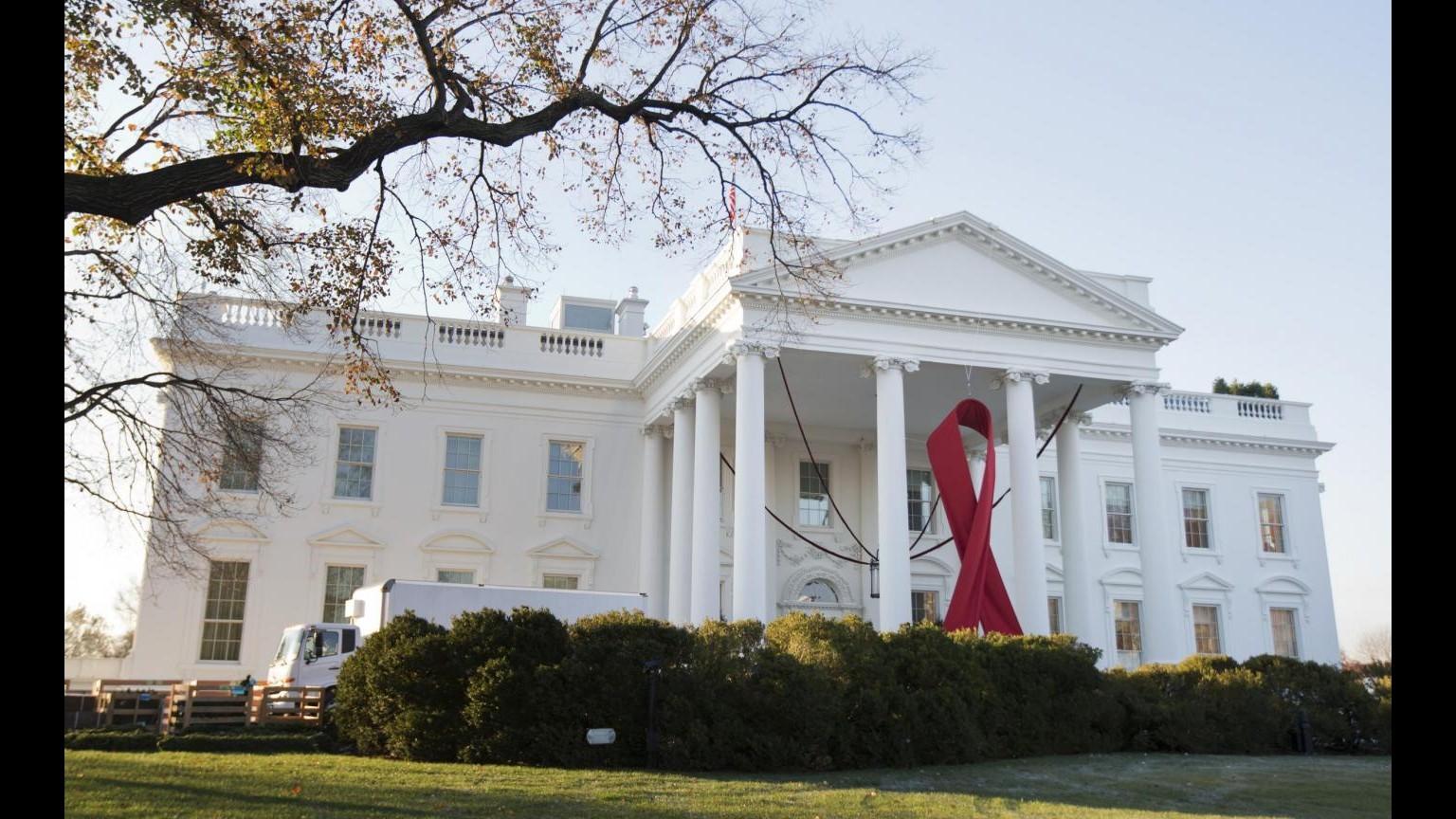 Usa, Obama annuncia nuova iniziativa per trovare cura a virus Hiv