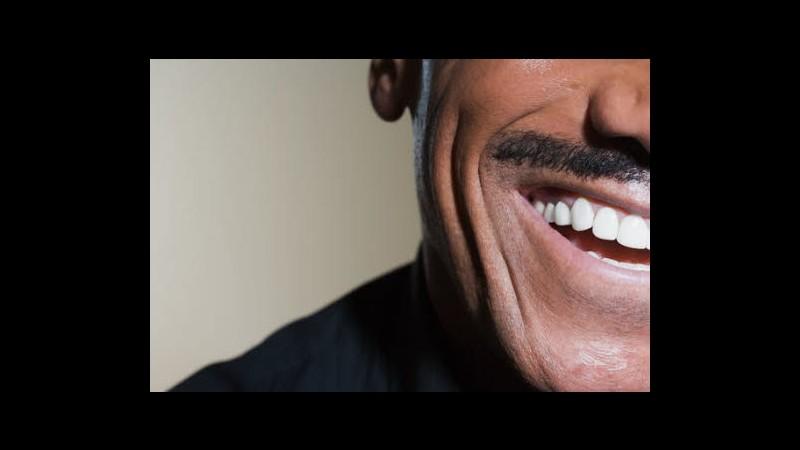 Regno Unito, Cameron: Appoggio 'Movember' ma non mi farò crescere baffi