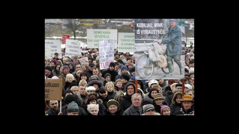 Lituania al voto per politiche e referendum su centrale nucleare