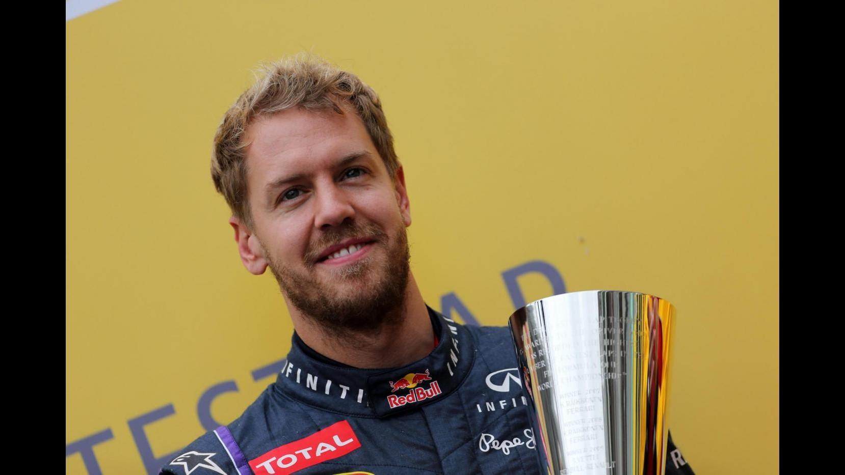 F1, Gp Brasile: Vettel centra la nona vittoria consecutiva.  Secondo Webber, terzo Alonso