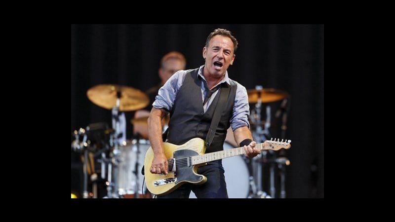 Bruce Springsteen in concerto in Pennsylvania ricorda vittime di Sandy