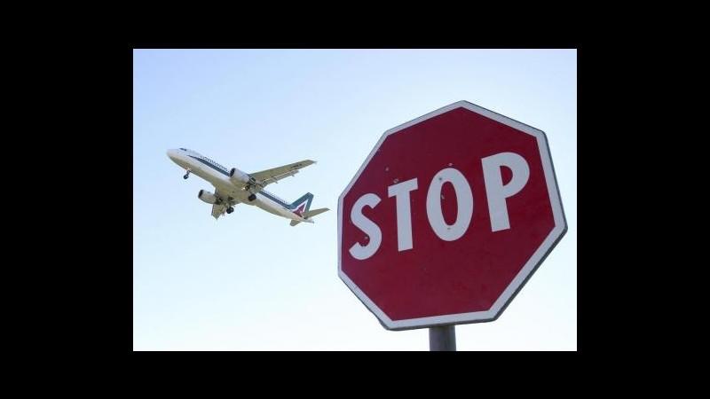 Alitalia, trattativa azienda-sindacati in stallo, nodo cigs a zero ore