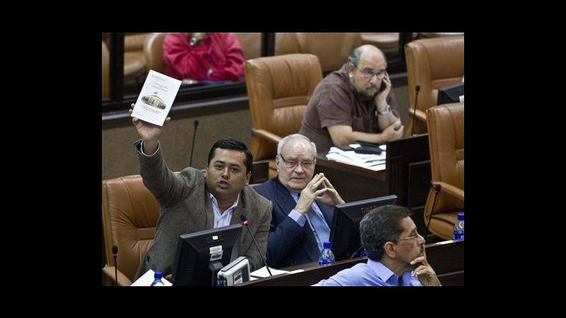 Nicaragua, eliminato limite mandati presidente: Ortega può ricandidarsi