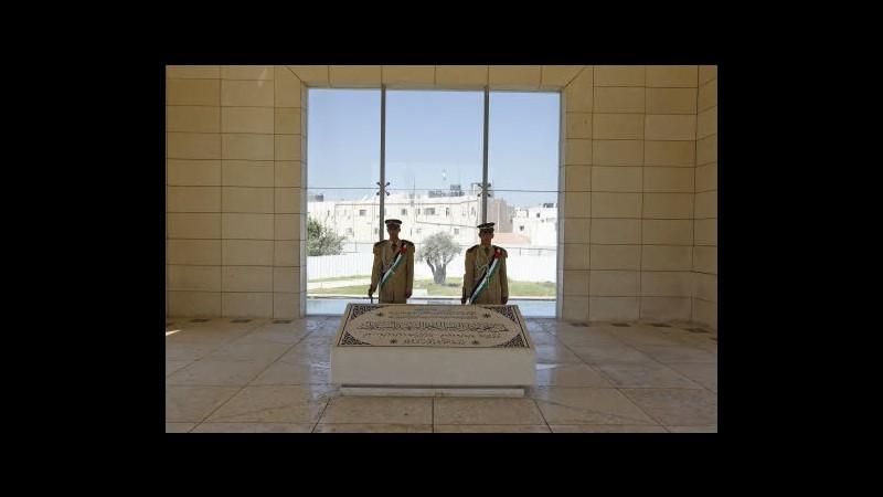 Morte Arafat, martedì esumazione e prelievo tessuti