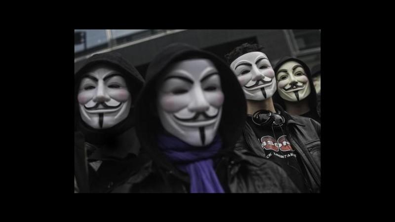 Gaza, Anonymous: Attaccati centinaia di siti web israeliani