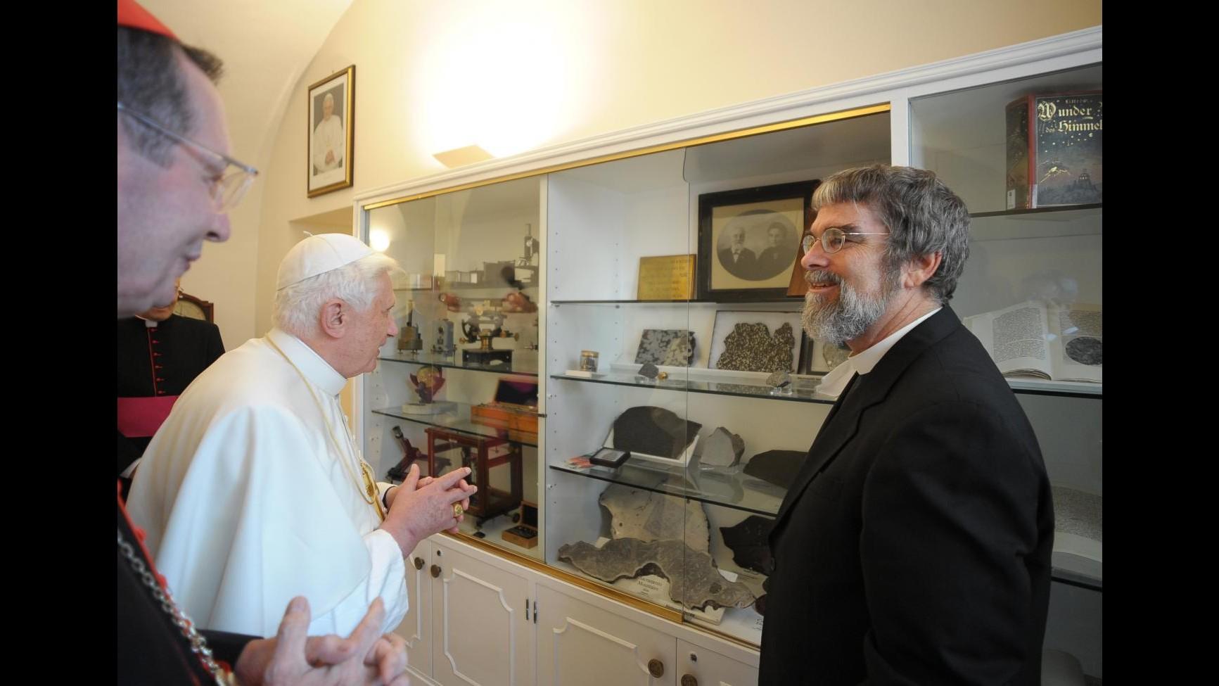 L'astrologo del Vaticano è sicuro: Il mondo non finirà il 21 dicembre