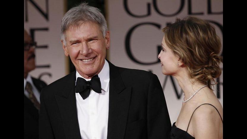 Harrison Ford serve il cibo ai senzatetto alla Vigilia di Natale