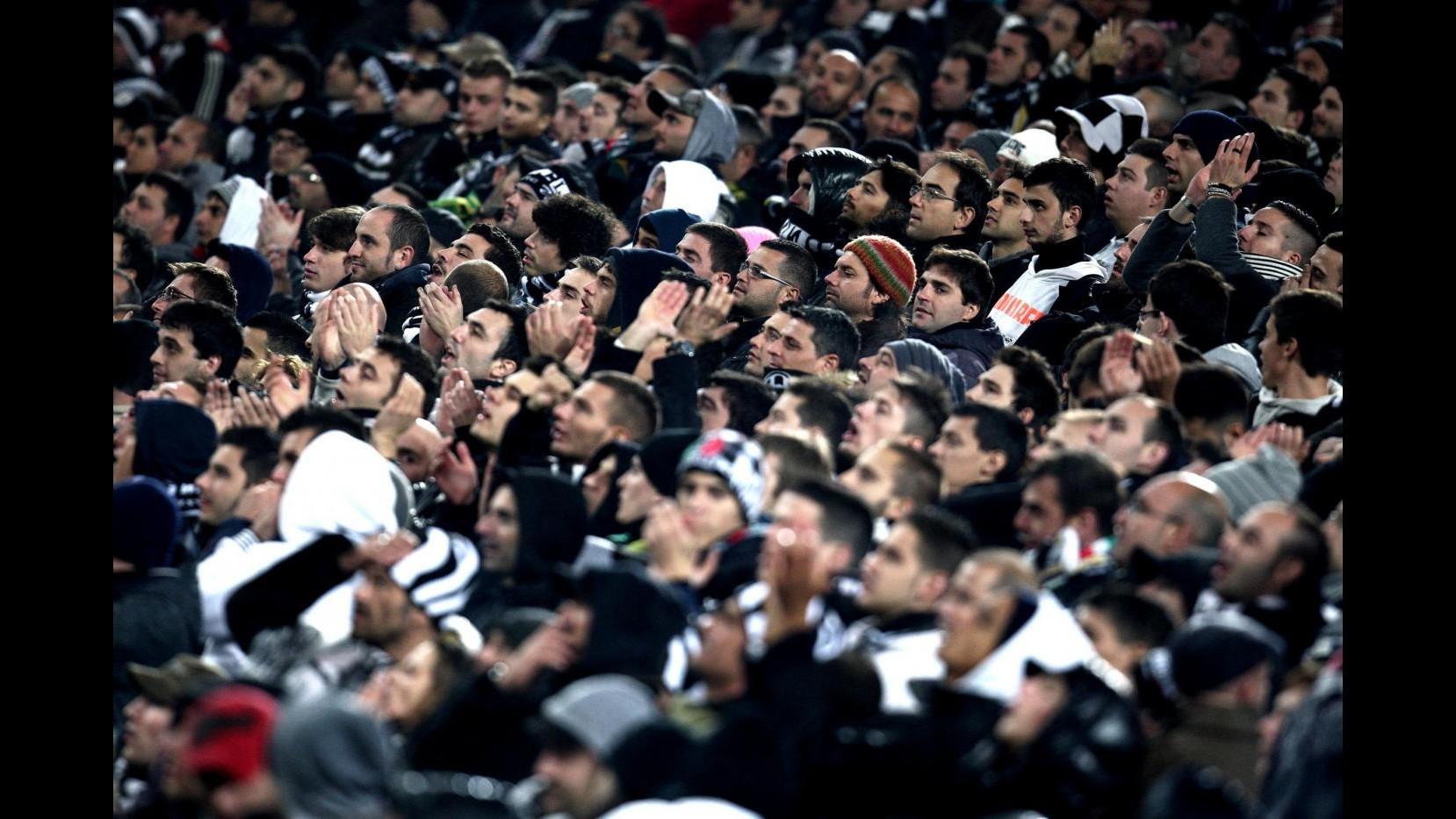 Striscioni su tragedia Superga: 3 tifosi Juve denunciati, Daspo per due anni